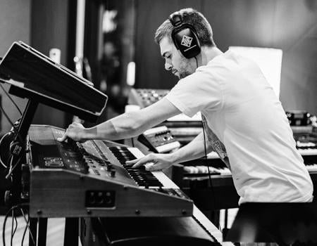 Justin Stanton side projects at SnarkyPuppy.com