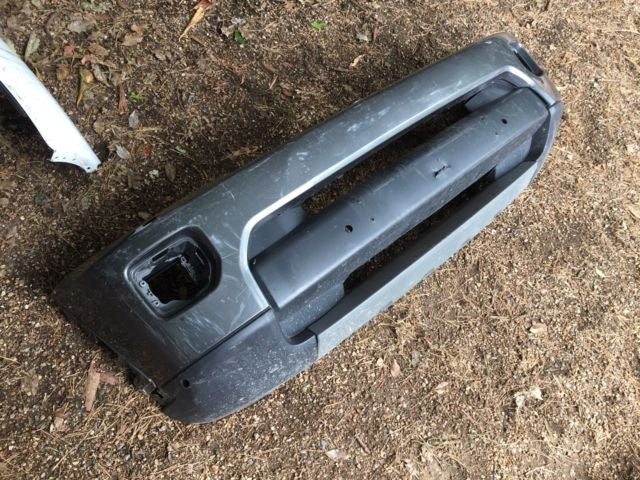 Discovery 4 Facelift Bumpers  - Used