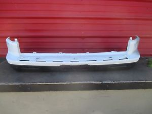 Discovery 4 Rear Bumper - USED