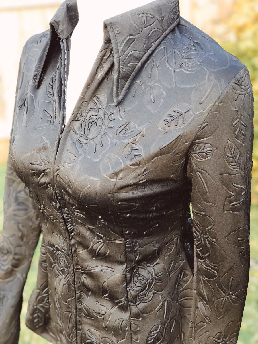 M - Black Rose (Embossed)