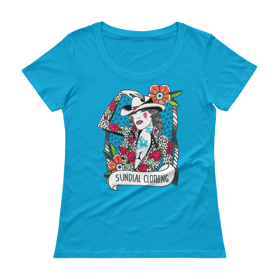 Betty Scoopneck T-Shirt