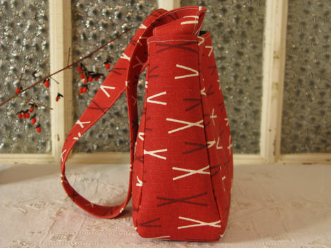 Medium Purse in Red Sticks Pattern