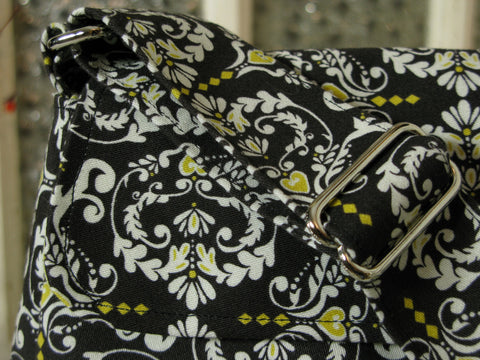 Medium Purse in Black, White and Yellow Baroque