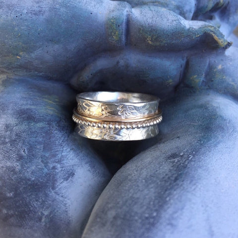 Dainty Spinner Meditation Ring