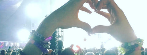 PLUR (PEACE LOVE UNITY RESPECT)