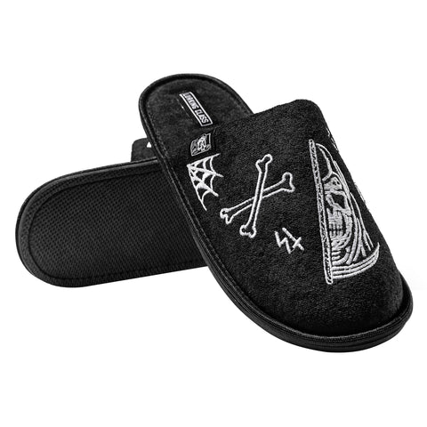 Lurking Class Slippers - Black/White