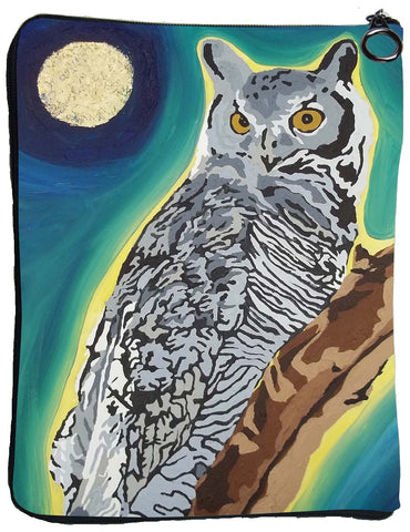 Great Horned Owl Cat Case - The Wise One