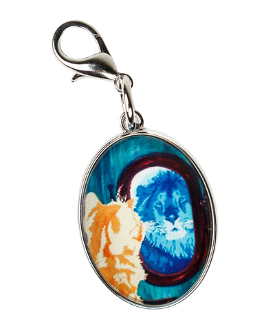 cat reflection is lion jewlery