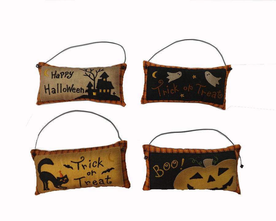 "Birch Maison Decorative Primitive / Farmhouse Hand-Stitched Fabric Halloween ""Trick or Treat"",Cushion Ornaments - 2.5"" Tall"