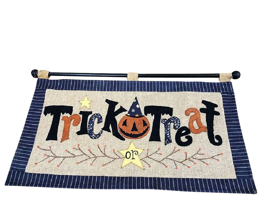 "Birch Maison Decorative Primitive / Farmhouse Fabric ""Trick or Treat"" Flag Hanger - 13"" Tall"