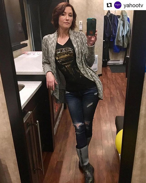 Chyler Leigh Wearing @customketchup Awesome!