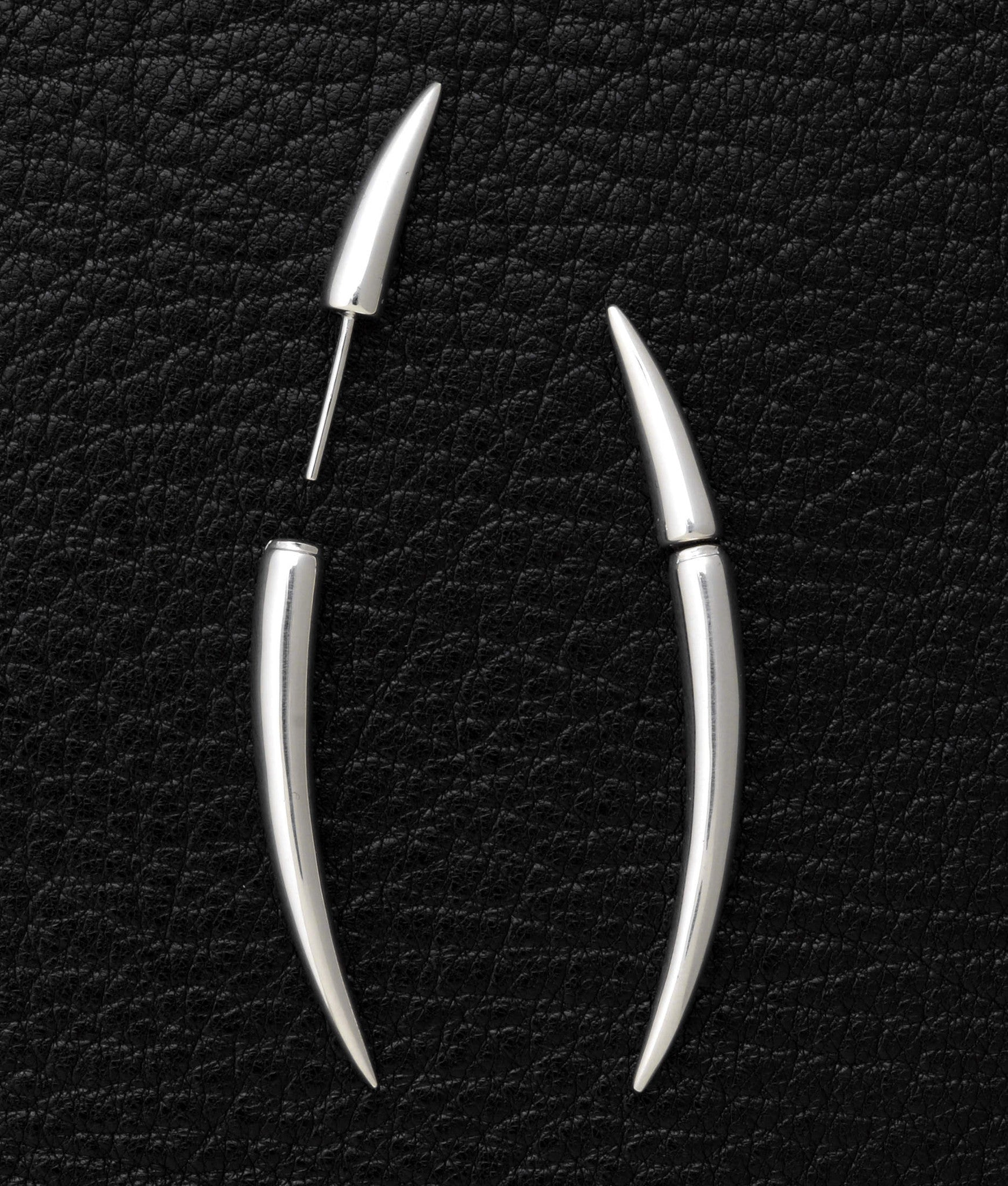 Shaun Leane – Quill Earrings (Size 1)