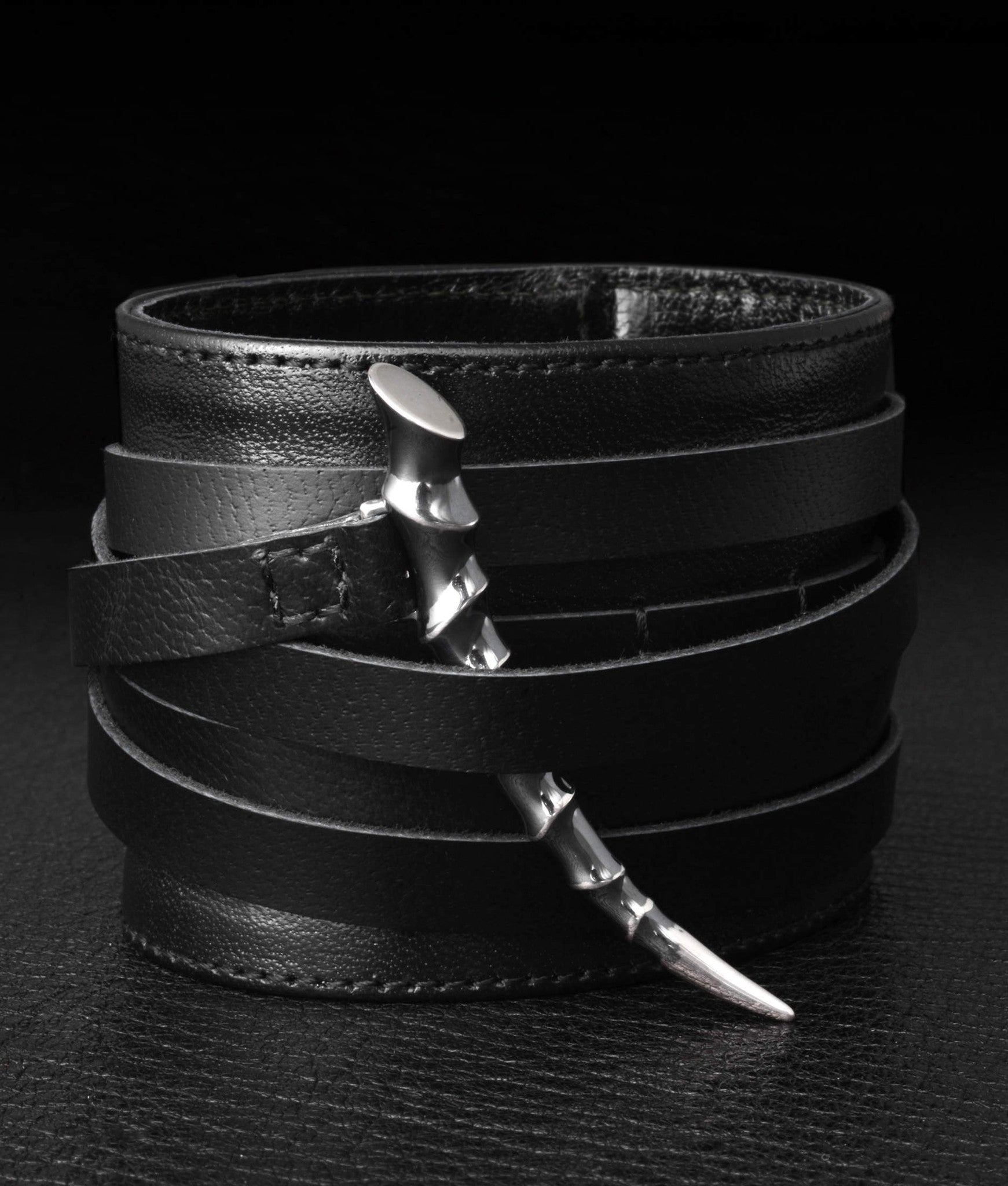 Shaun Leane – Wide Leather Cuff With Silver Horn