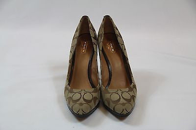 Comfortable Tan Coach Classic Printed Pumps w/ Wooden Heel and Leather Soles
