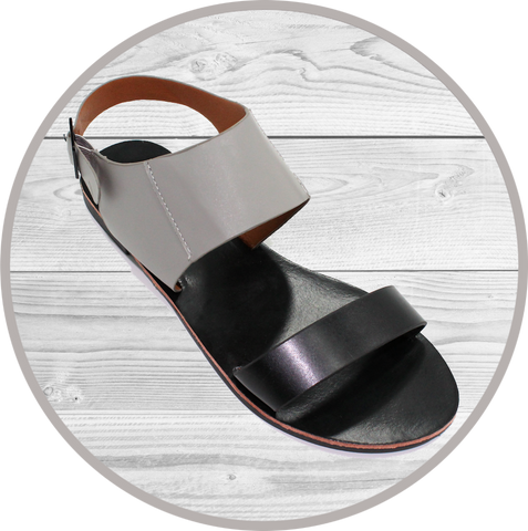 K Amiee Two Strap Footbed Blk Sandals
