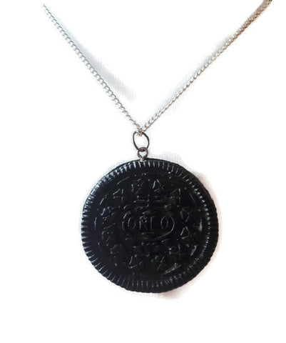 Oreo biscuit necklace