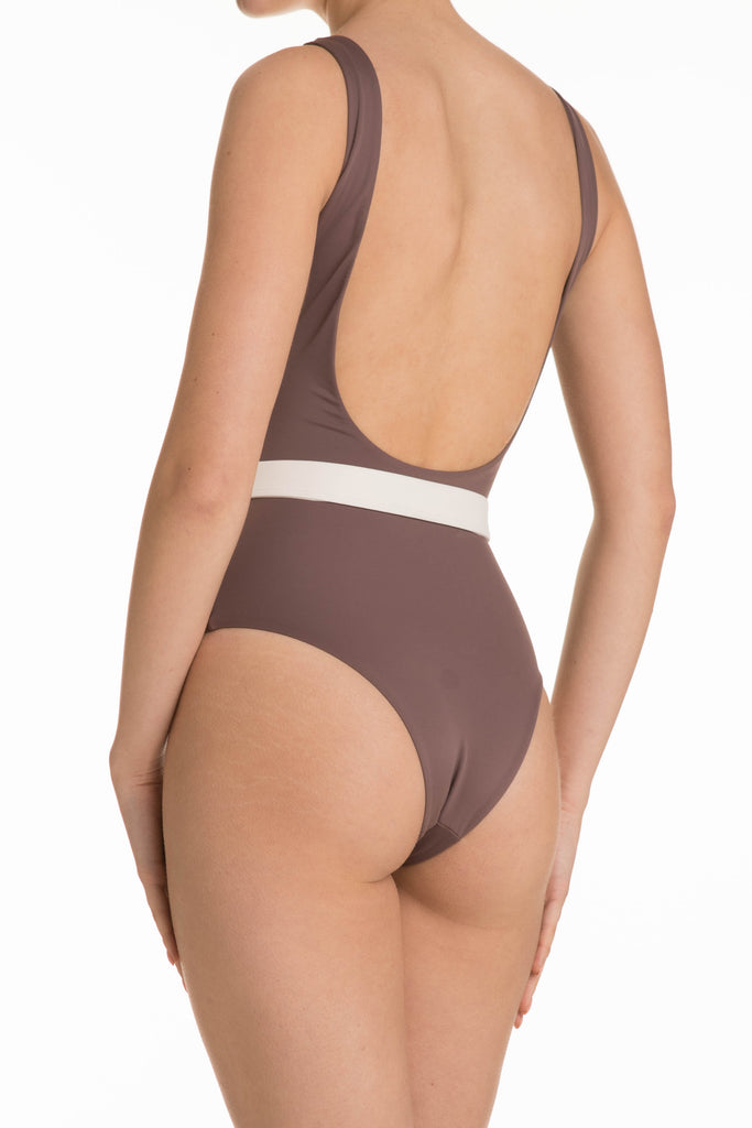 Maya Bodysuit in Pearwood
