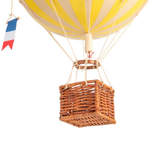 Balloon - Travels Light, True Yellow Balloon