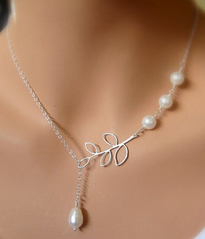 Women's Silver White Pearls LEAF Glamour Necklace - Thirsty Buyer - 1