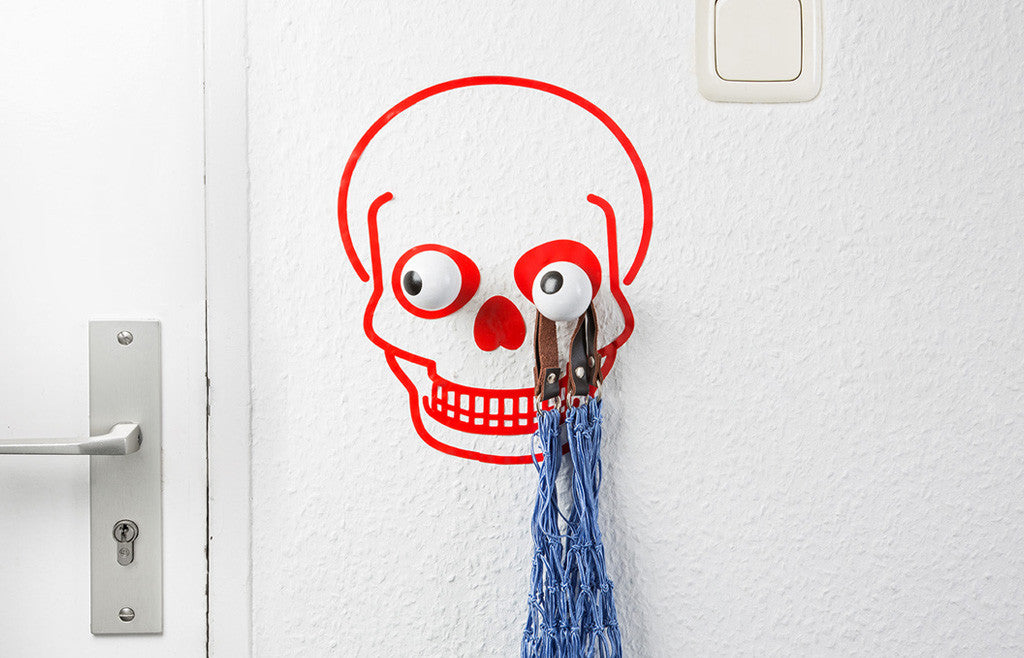 Wall Hook & Decal Hookly Captain Skull - Zeitgeist Gifts