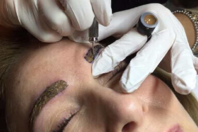What is micro blading?