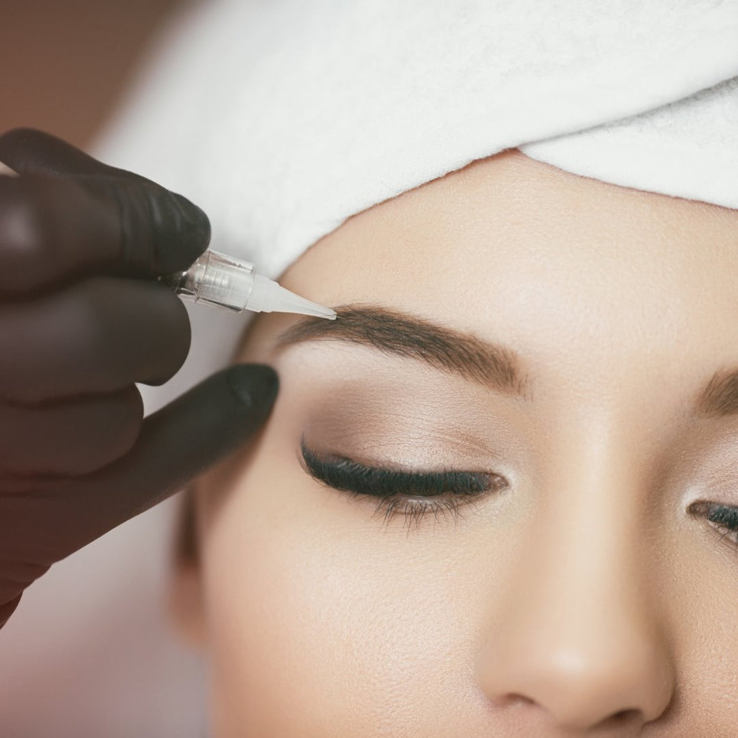Permanent Makeup -  Brow Course