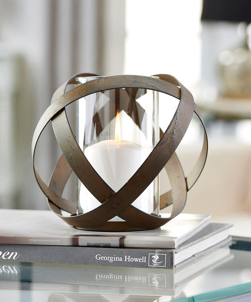 Ball Design Candle Holder