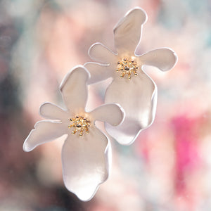 Large Oblong Flower Earring - Silver