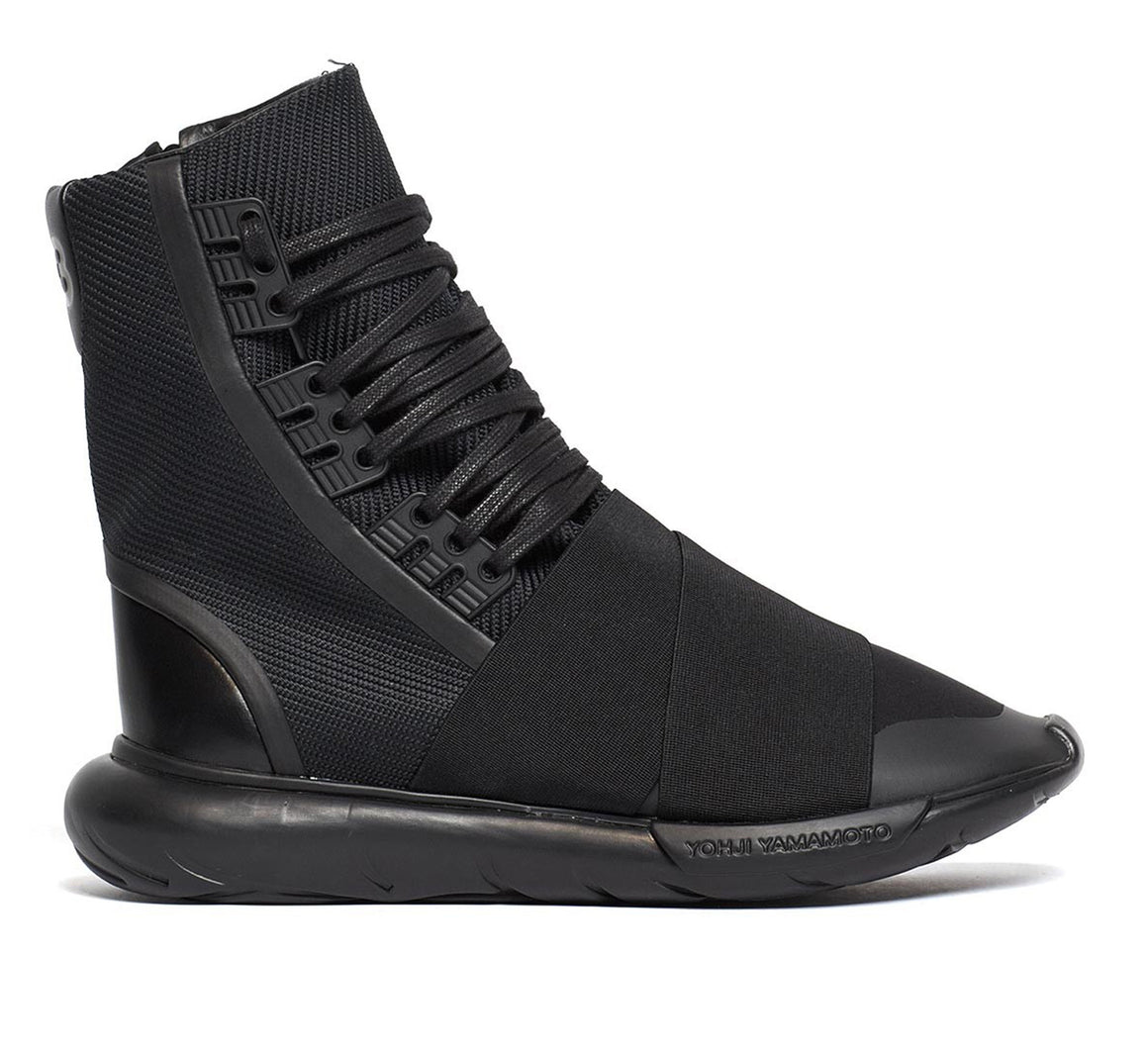 Y-3 Qasa Boot Triple Black