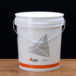 Seven point eight gallon bucket