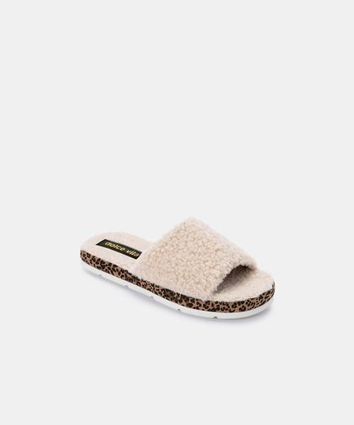 Mochi Natural Leopard Slippers