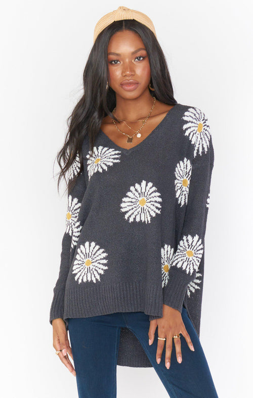 Hug Me Sweater - Daisy Love Knit