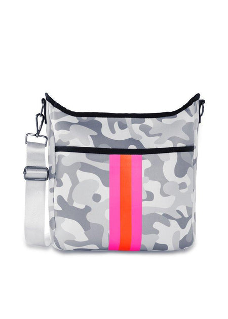 Hobo Neoprene Bag = Wave