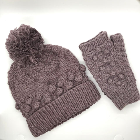 Pom Pom Knit Set Gift Package