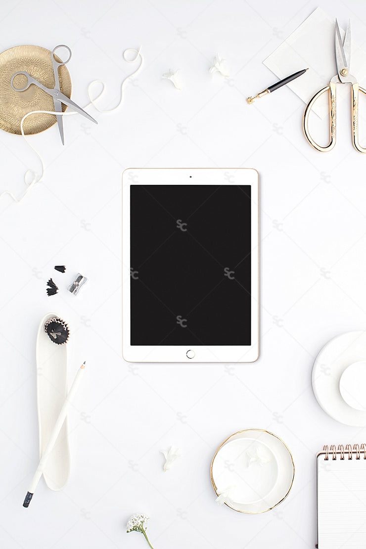 MaeMae x SC Collection: Bright White SET 5 | Tablet Screen