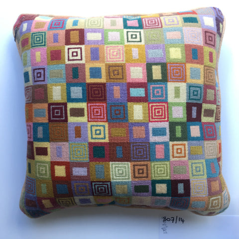 "14"" Geometric Cushion (307)"