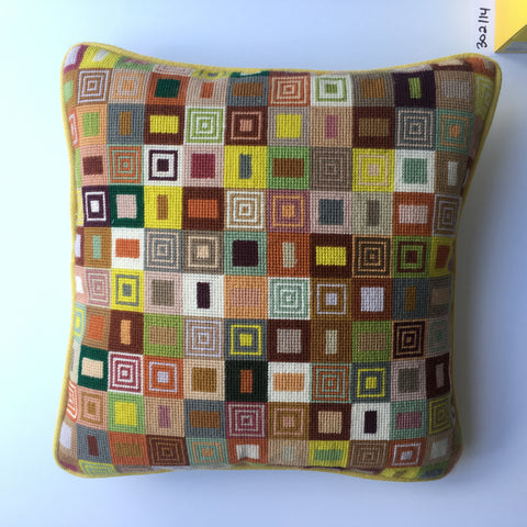 "14"" Geometric Cushion (302)"
