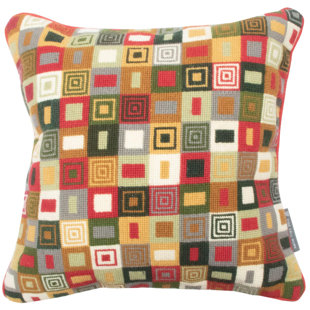 14' Geometric Cushion Red and Green