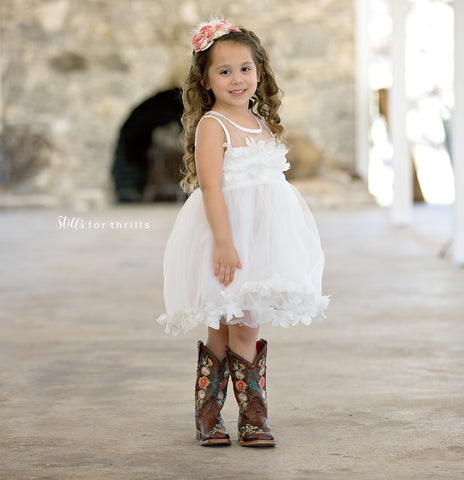 white flower girl dress for outdoor wedding, country chic wedding dress for girls and toddlers
