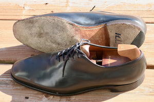 cheaney-whole-cut-oxford-in-black-calf-leather