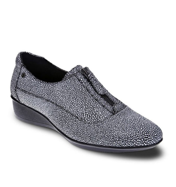 """REVERE"" Women's Tangier Slip-on (Black Pearl)"
