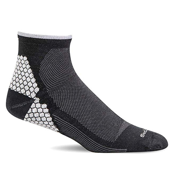 (SOCKWELL) Men's Moderate Compression, Plantar Sport Qtr (Black)
