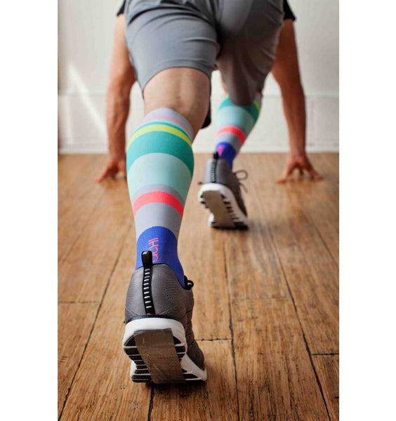 (ACHI) Performance Compression Sock, URBANE STRIPE 15-22 MMHG (1418722372)