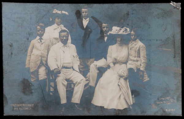 1907 USA photo postcard of President Roosevelt and family
