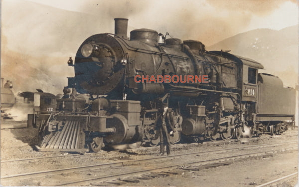 1908 photo postcard of American steam locomotive