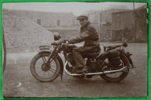 1931 France photo homme sur motocyclette, man on motorcycle