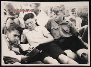 1933 German kids studying, indoctrination