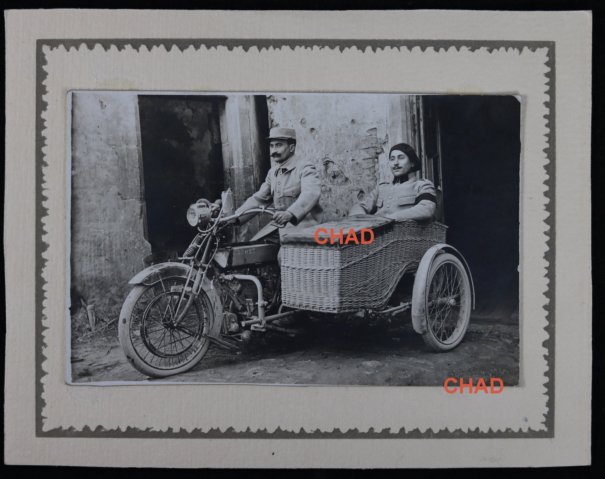 Early 1900s motorcycle + sidecar photo (military)  Motocyclette + side-car