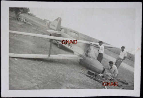Early USA photo of a biplane glider @1940s