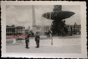 Photo soldats allemands Place de la Concorde Paris (1940-44)